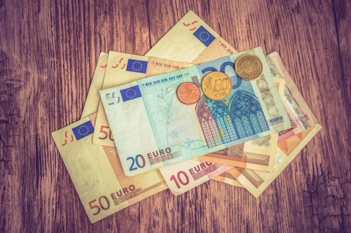 How the weak Euro affects freelance translators